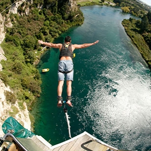 Solo Bungy Jump - Taupo